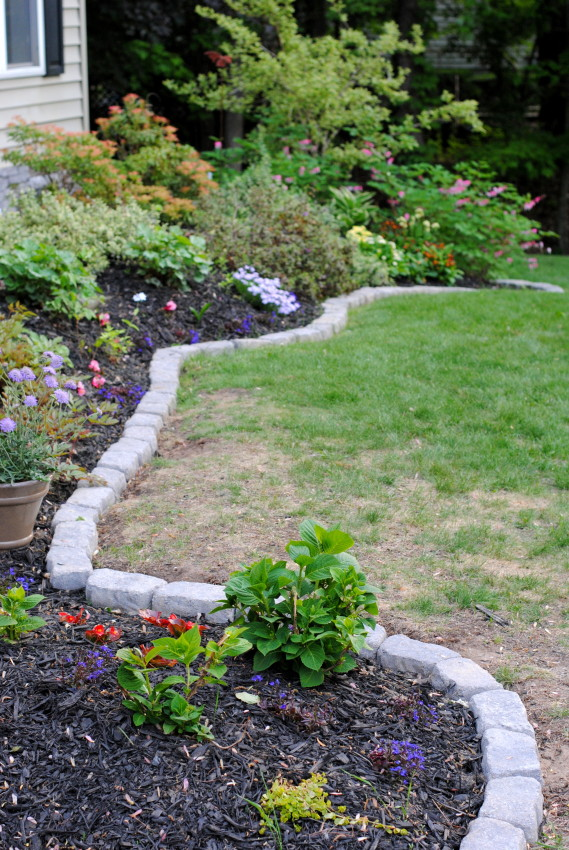Edging For Your Landcaping Amp Hardscape